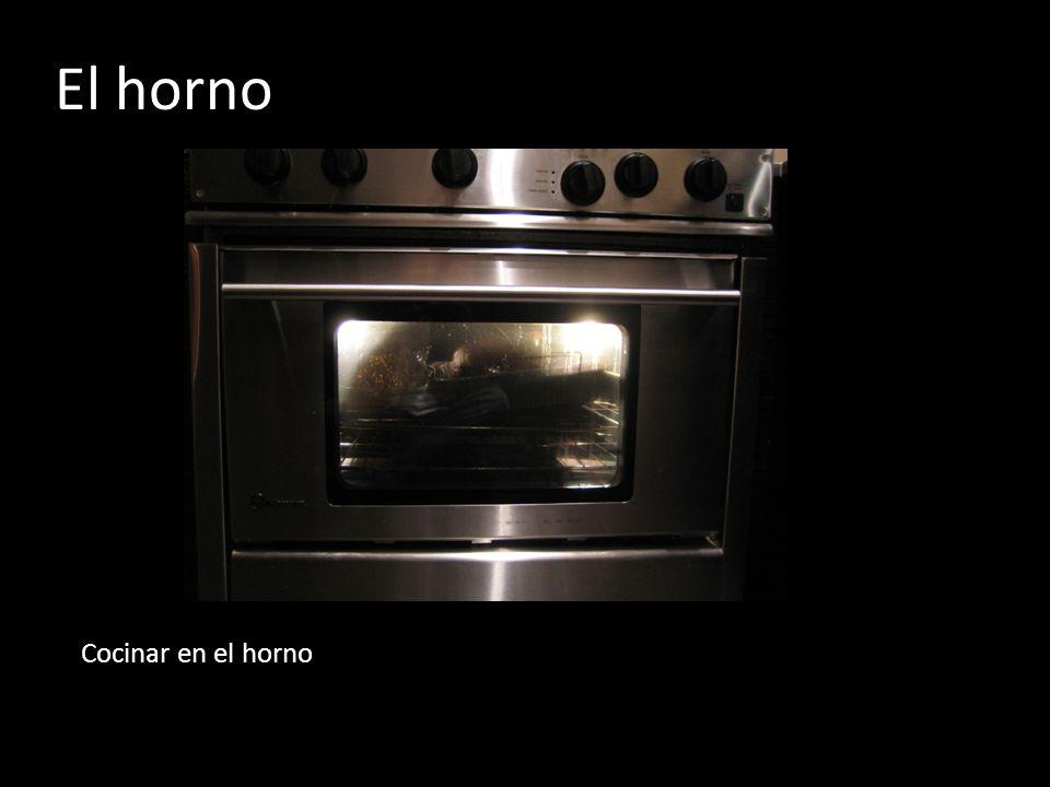 El horno Cocinar en el horno