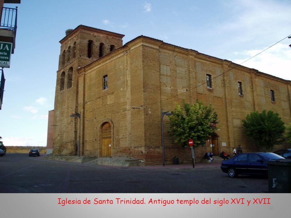 Iglesia de Santa Trinidad. Antiguo templo del siglo XVI y XVII