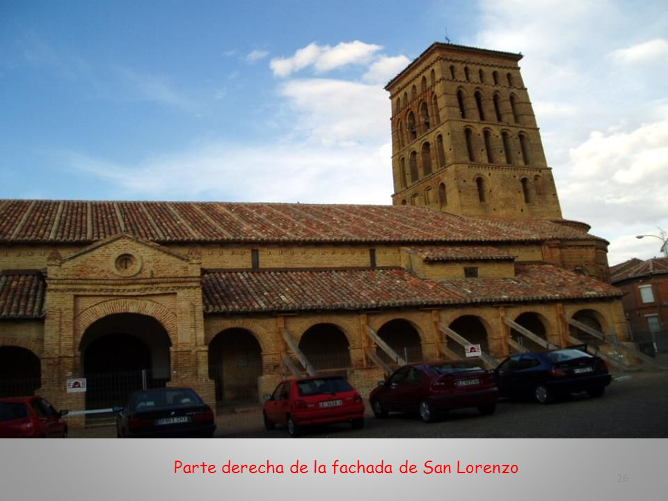 Parte derecha de la fachada de San Lorenzo