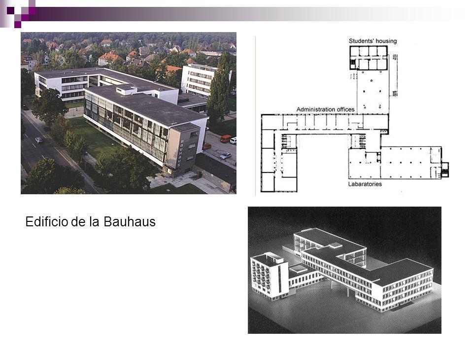 Vista general del edificio. La Bauhaus.