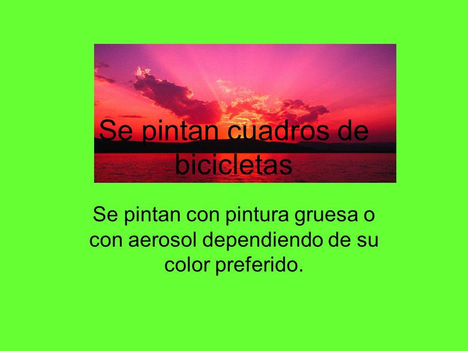 Se pintan cuadros de bicicletas