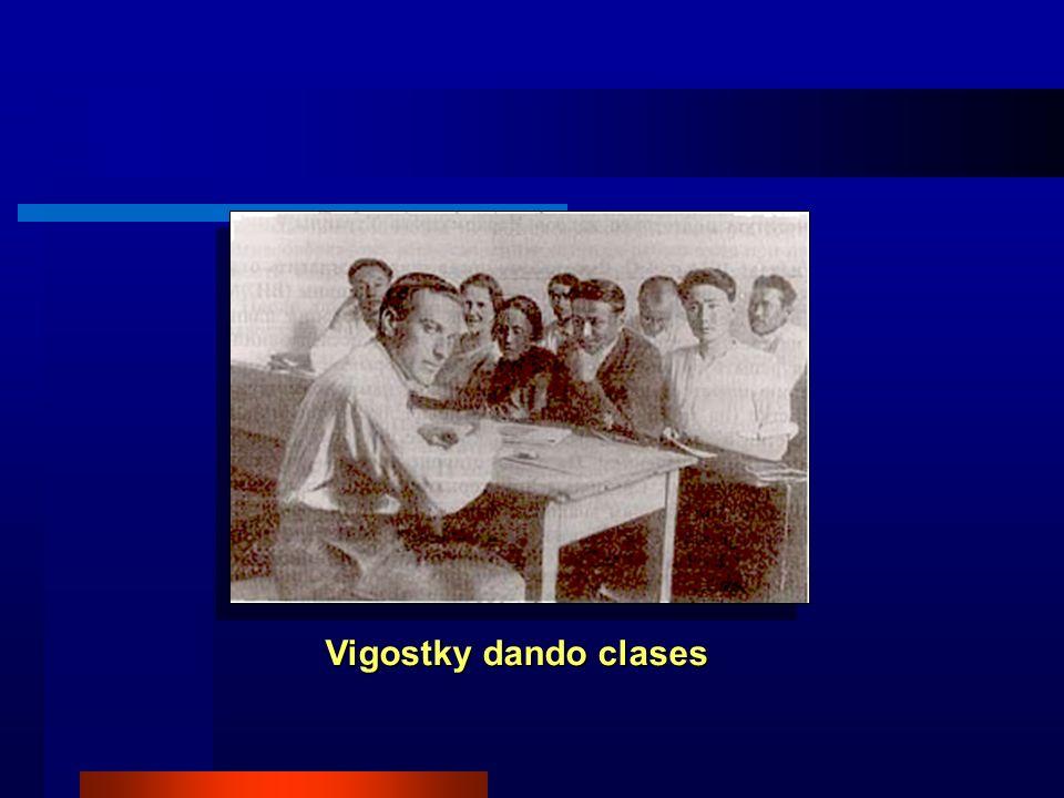 Vigostky dando clases