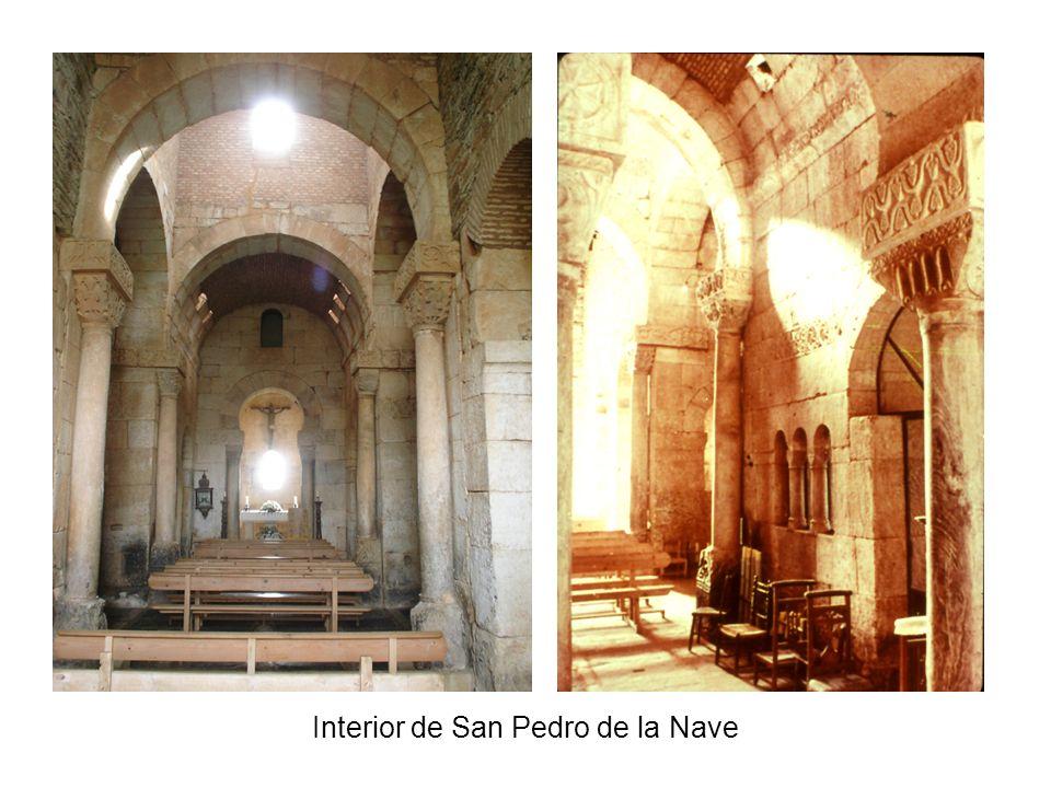 Interior de San Pedro de la Nave