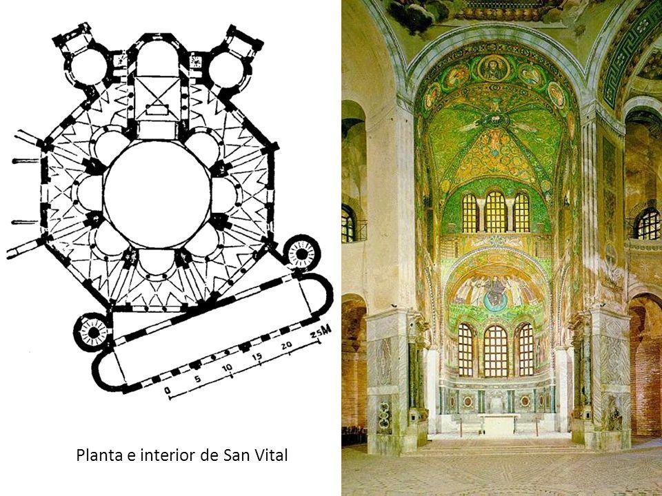 Planta e interior de San Vital