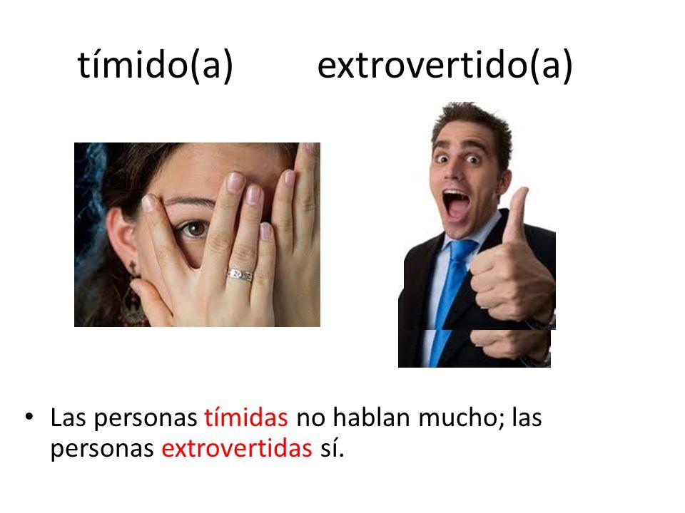 tímido(a) extrovertido(a)