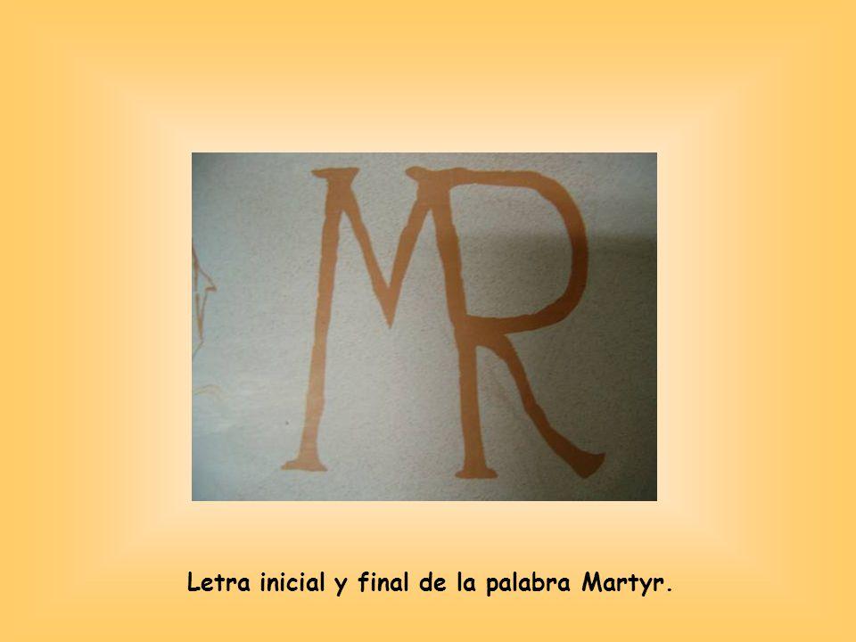 Letra inicial y final de la palabra Martyr.