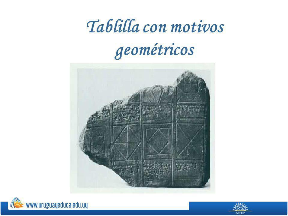 Tablilla con motivos geométricos