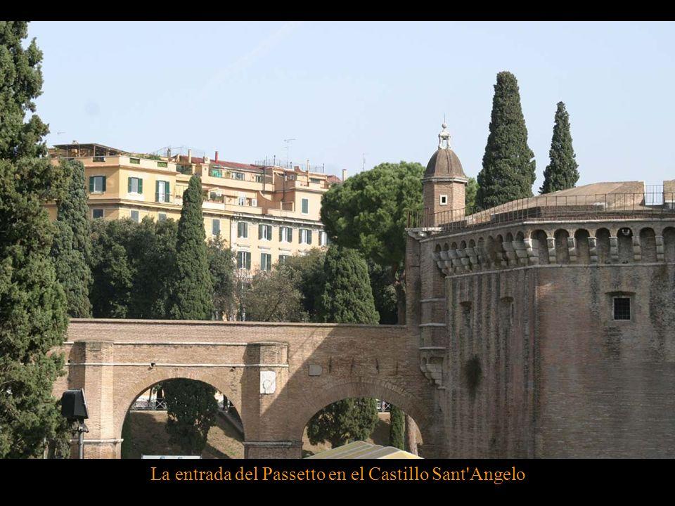 La entrada del Passetto en el Castillo Sant Angelo