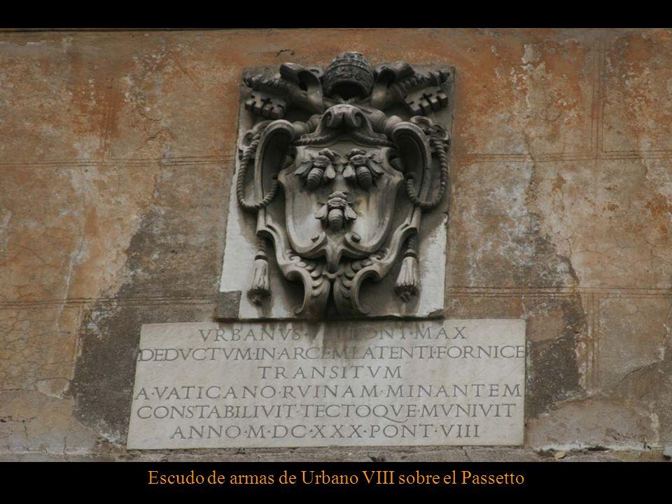 Escudo de armas de Urbano VIII sobre el Passetto