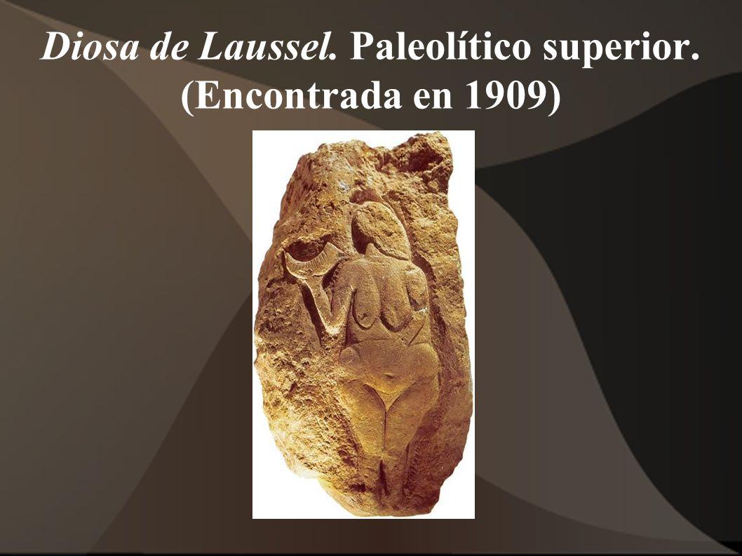 Diosa de Laussel. Paleolítico superior. (Encontrada en 1909)
