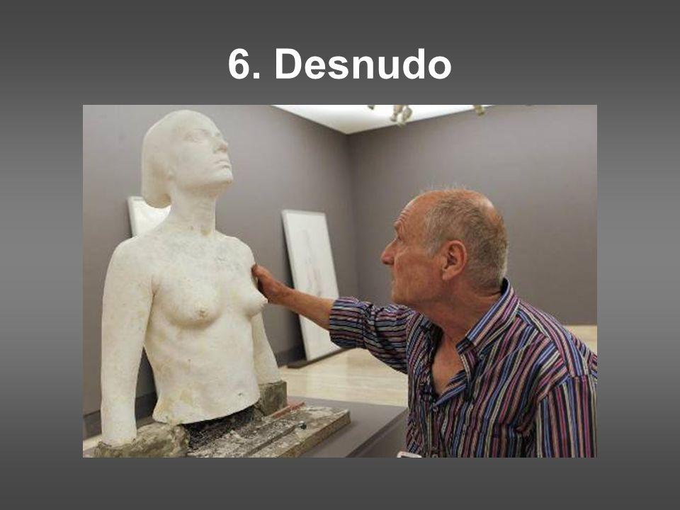 6. Desnudo