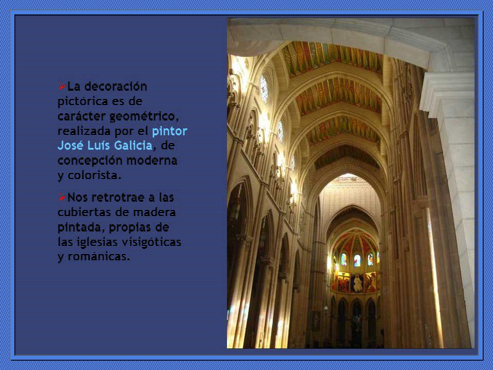 La decoración pictórica es de carácter geométrico, realizada por el pintor José Luís Galicia, de concepción moderna y colorista.
