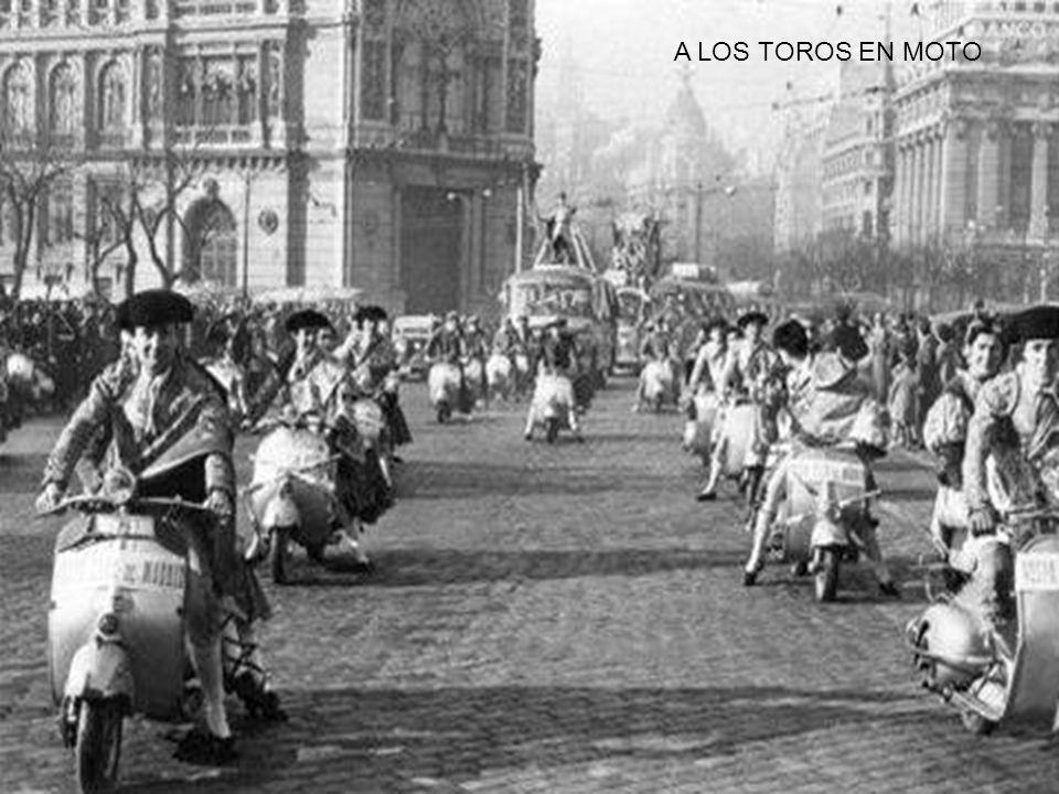 A LOS TOROS EN MOTO