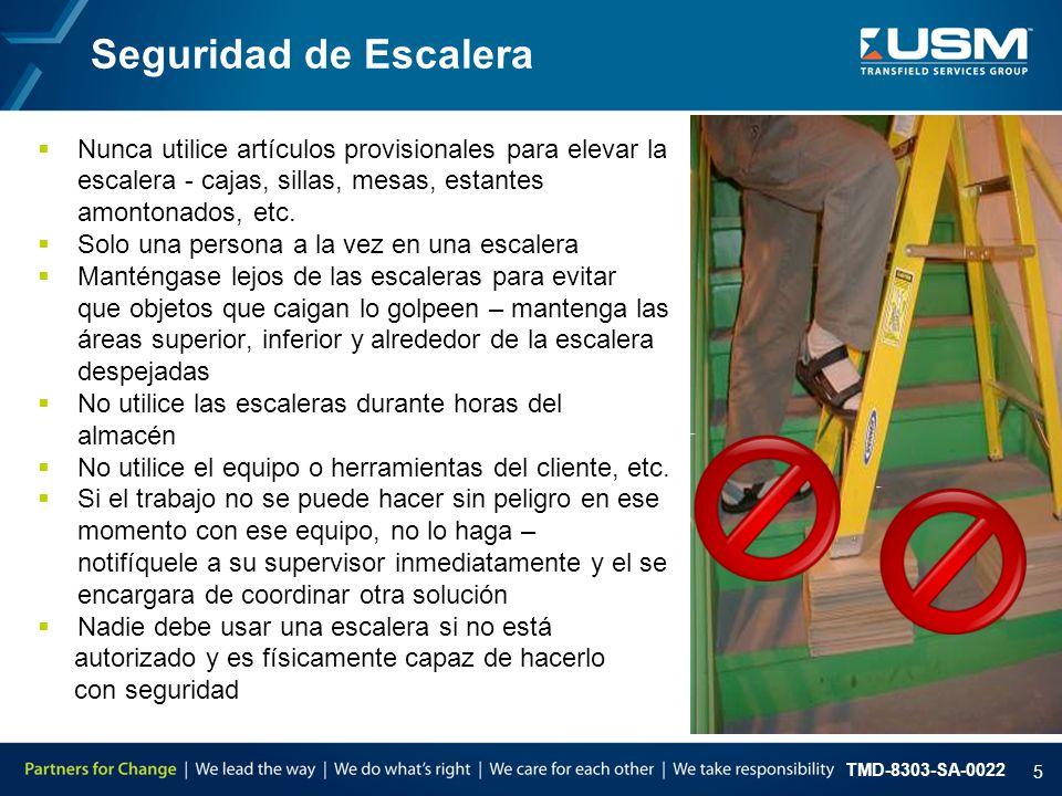 Seguridad de Escalera Nunca utilice artículos provisionales para elevar la. escalera - cajas, sillas, mesas, estantes.