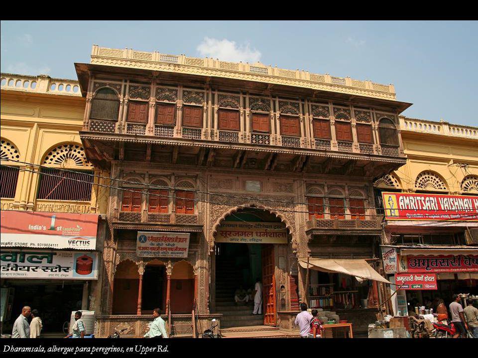 Dharamsala, albergue para peregrinos, en Upper Rd.