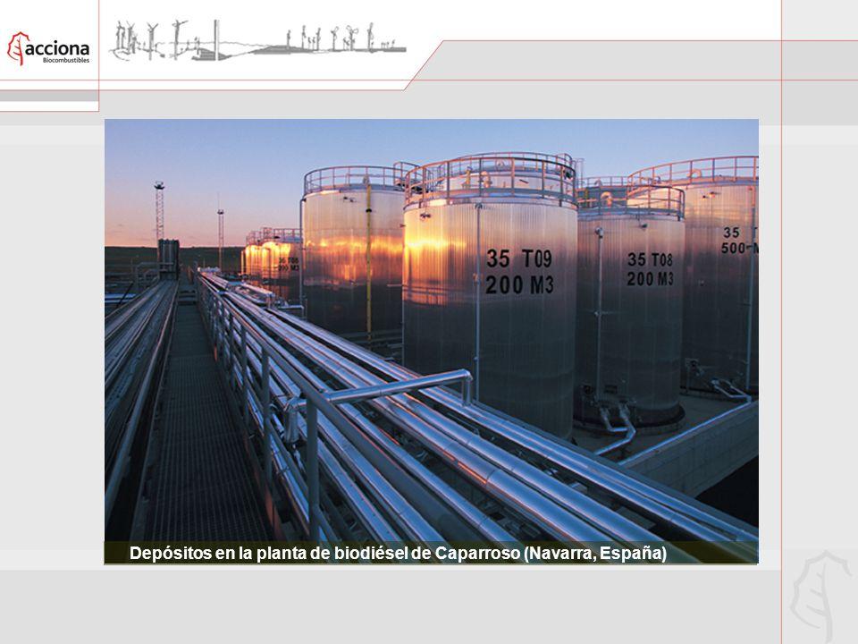 Depósitos en la planta de biodiésel de Caparroso (Navarra, España)