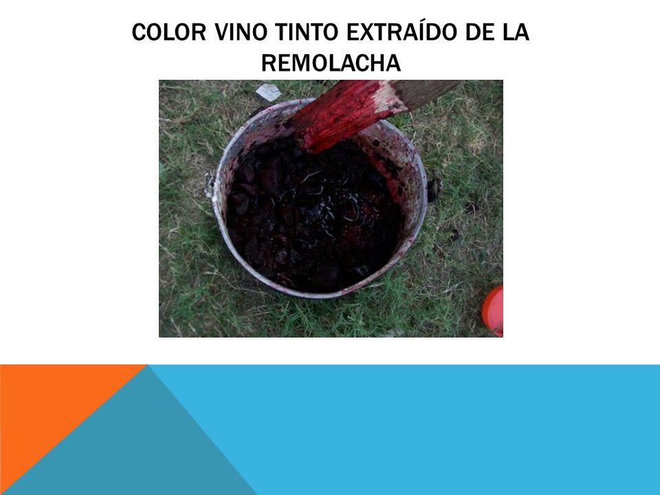 Color vino tinto extraído de la remolacha