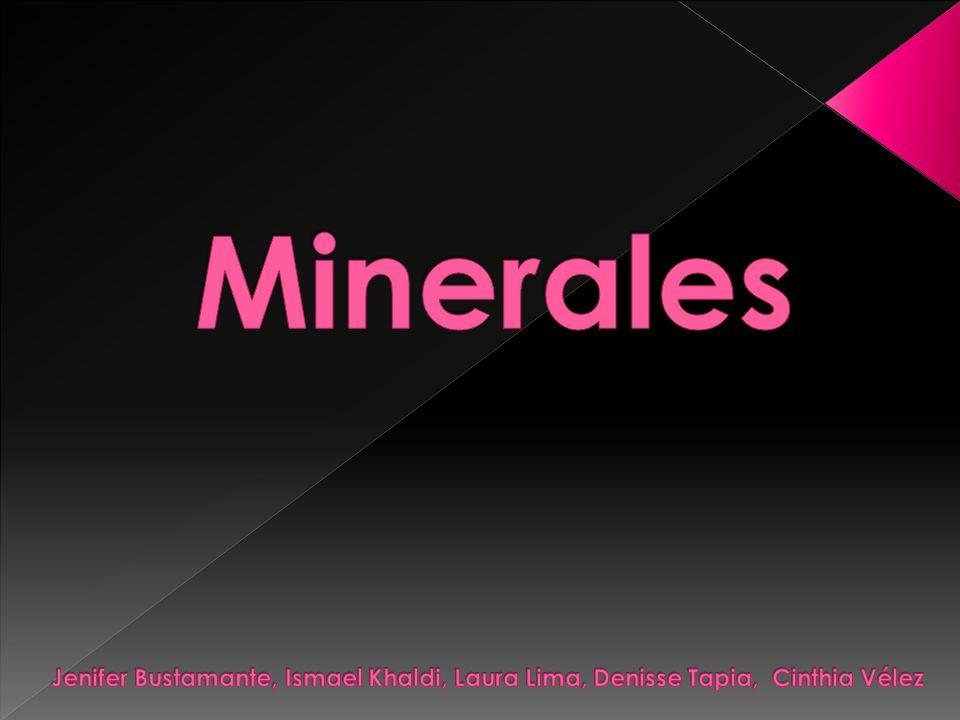 Minerales Jenifer Bustamante, Ismael Khaldi, Laura Lima, Denisse Tapia, Cinthia Vélez