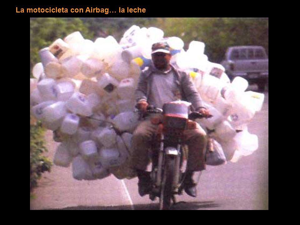 La motocicleta con Airbag… la leche