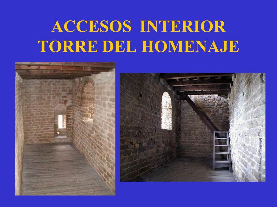 ACCESOS INTERIOR TORRE DEL HOMENAJE