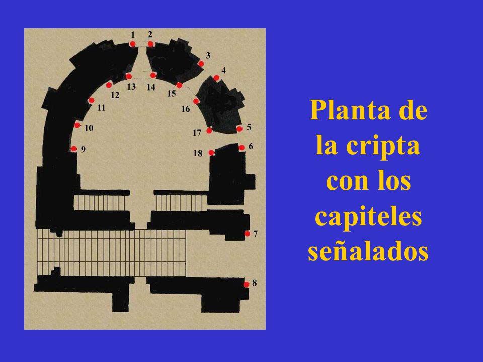 Planta de la cripta con los capiteles señalados