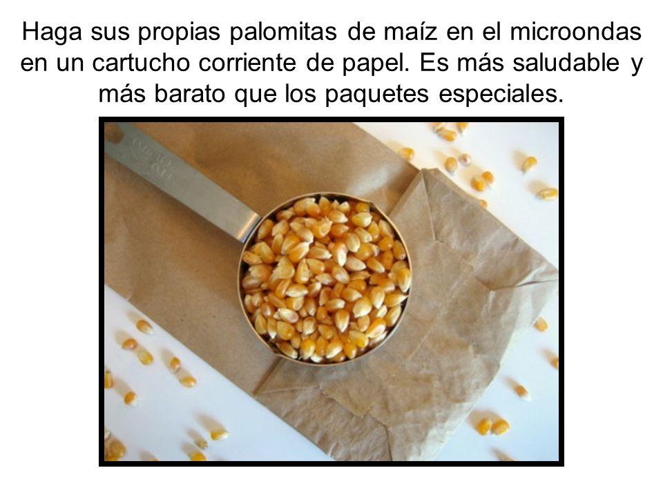 Haga sus propias palomitas de maíz en el microondas en un cartucho corriente de papel.