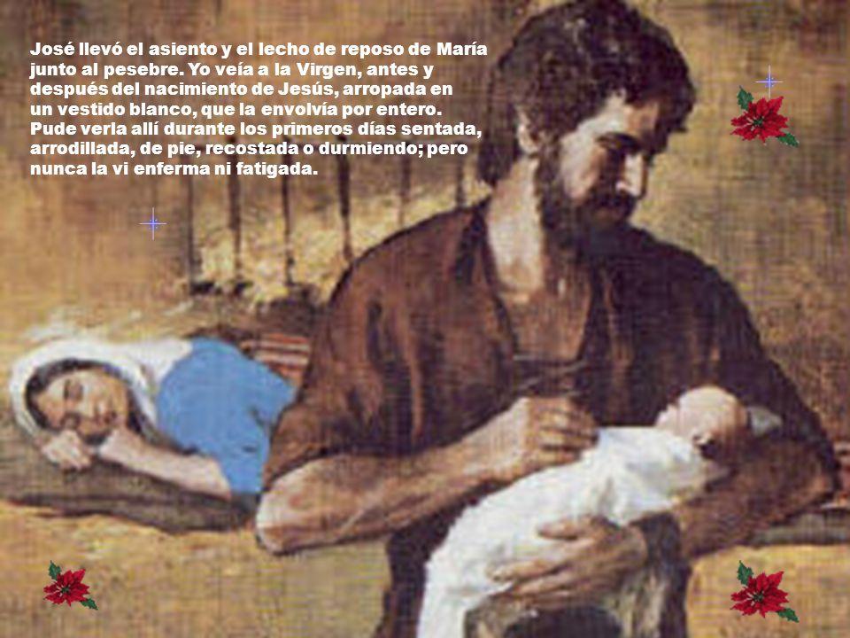 José llevó el asiento y el lecho de reposo de María junto al pesebre