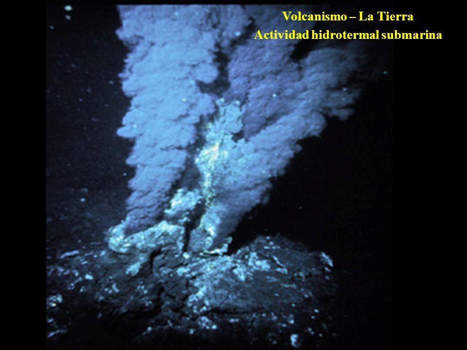 Actividad hidrotermal submarina