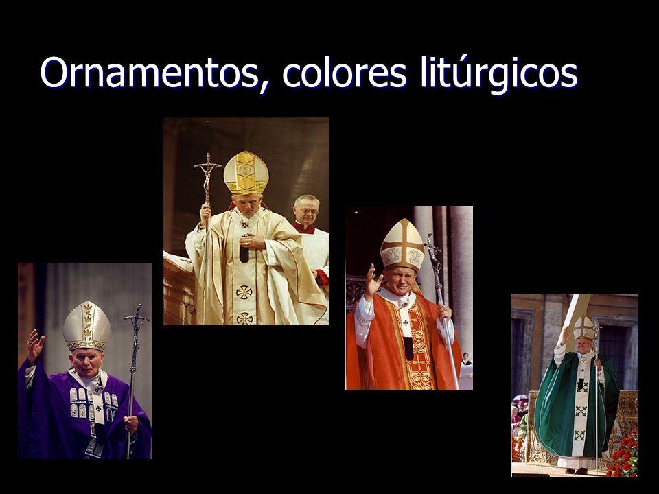 Ornamentos, colores litúrgicos