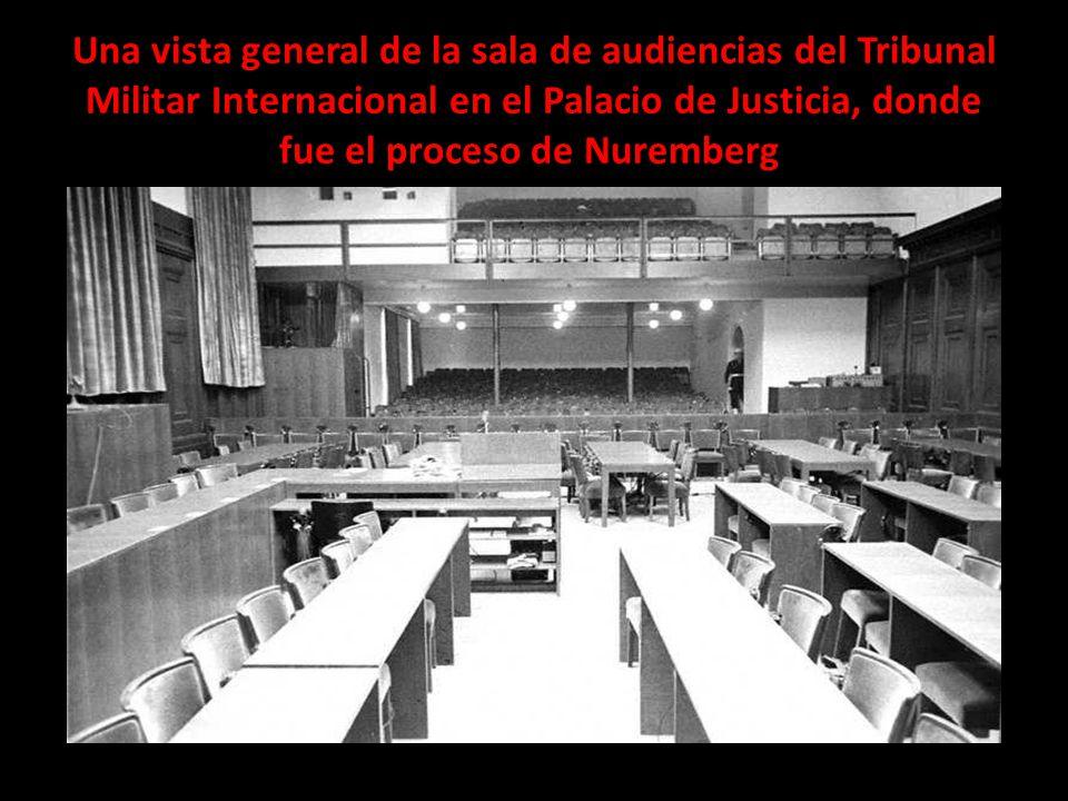 Una vista general de la sala de audiencias del Tribunal Militar Internacional en el Palacio de Justicia, donde fue el proceso de Nuremberg