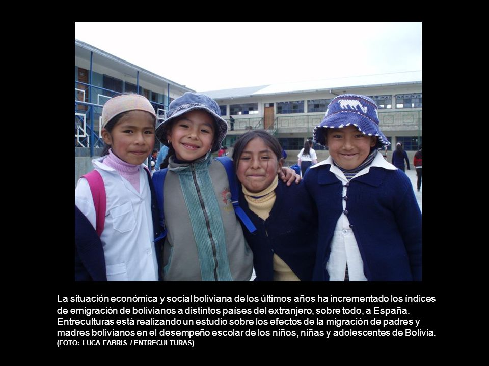 La situación económica y social boliviana de los últimos años ha incrementado los índices de emigración de bolivianos a distintos países del extranjero, sobre todo, a España.