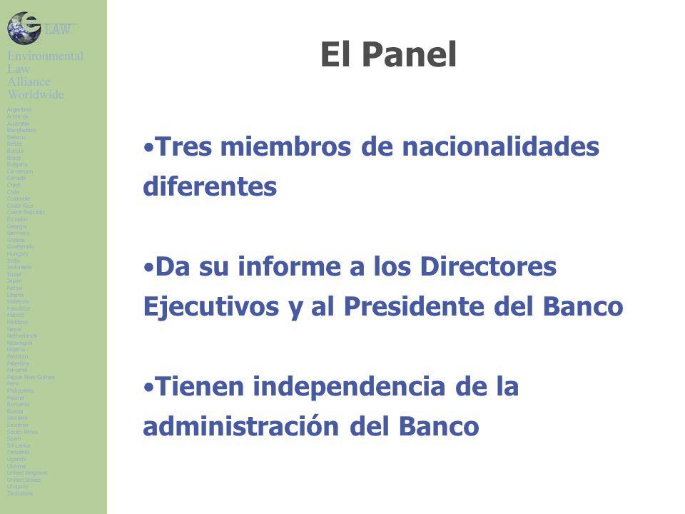 El Panel Tres miembros de nacionalidades diferentes