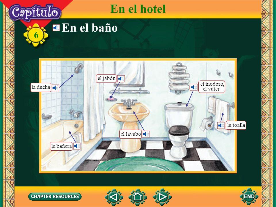 En el hotel En el baño el jabón el inodoro, la ducha el váter