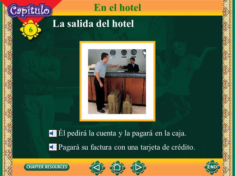 En el hotel La salida del hotel