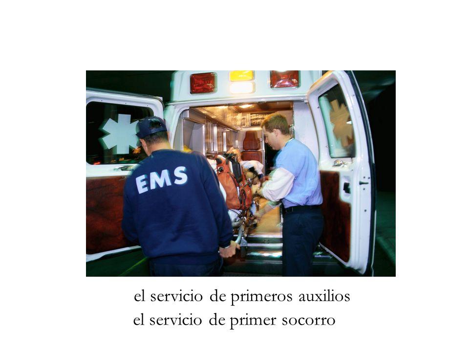el servicio de primeros auxilios