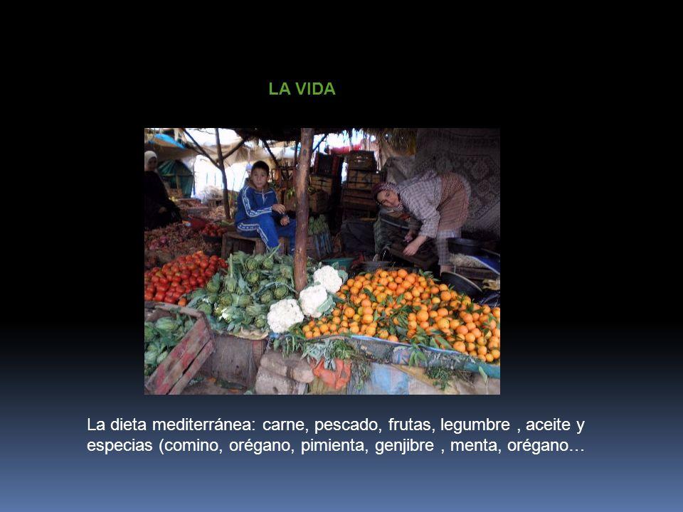 LA VIDALa dieta mediterránea: carne, pescado, frutas, legumbre , aceite y.
