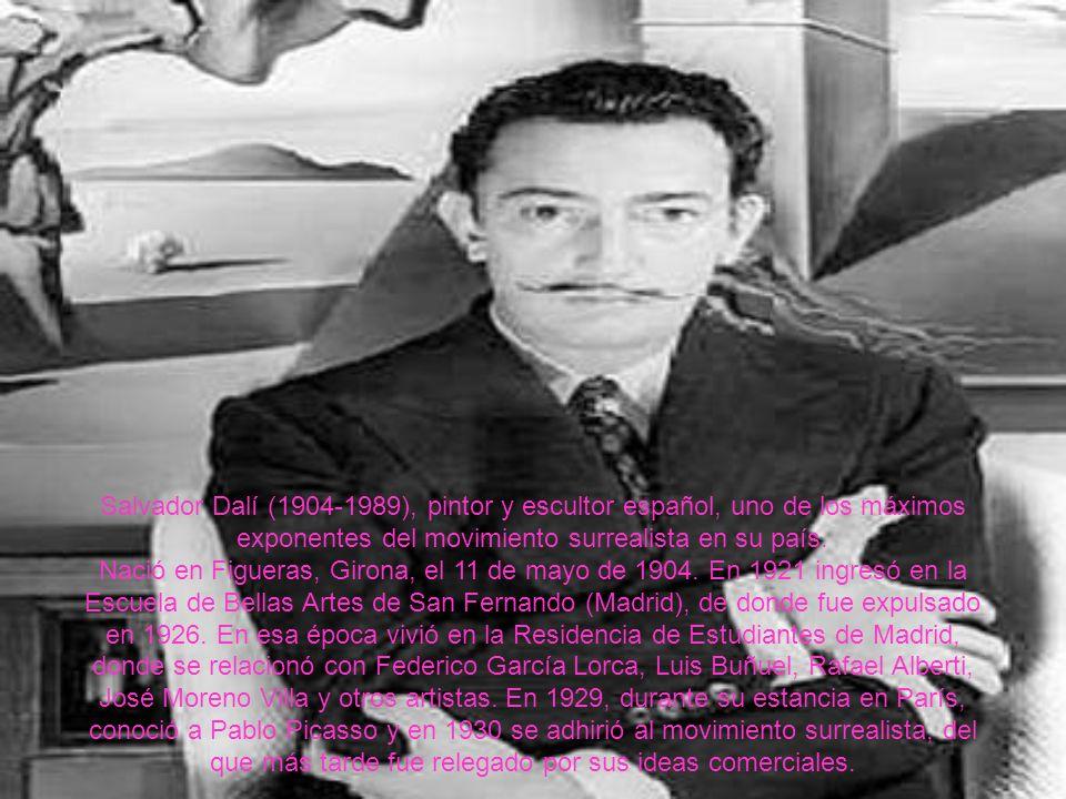 Salvador Dalí (1904-1989), pintor y escultor español, uno de los máximos exponentes del movimiento surrealista en su país.