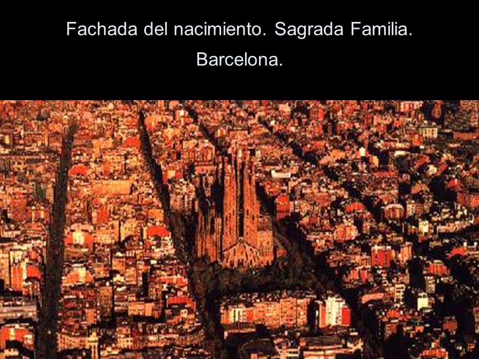 Fachada del nacimiento. Sagrada Familia. Barcelona.