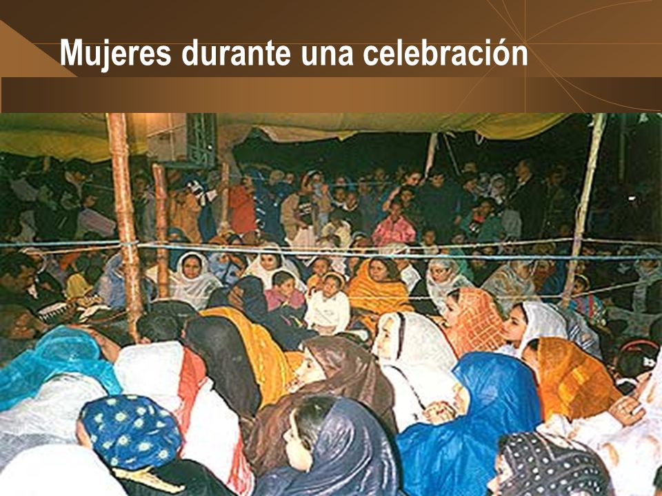 Mujeres durante una celebración
