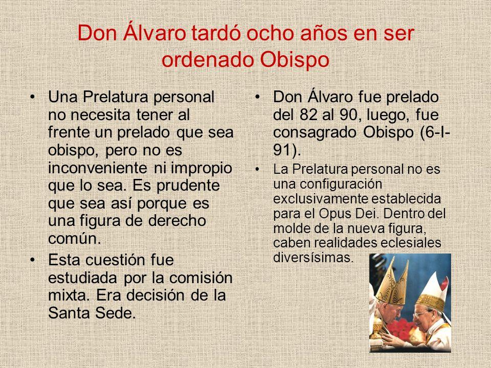 Don Álvaro tardó ocho años en ser ordenado Obispo