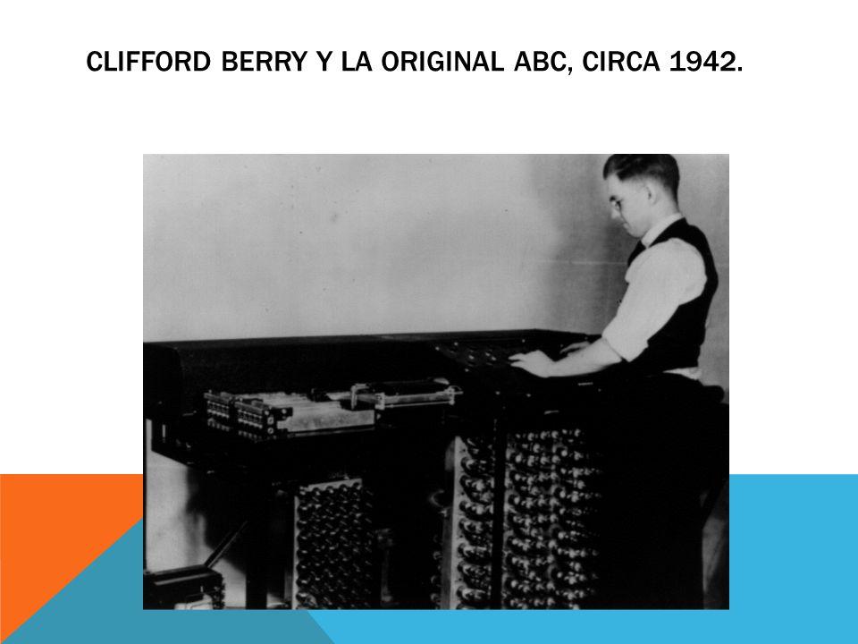 Clifford Berry y la original ABC, circa 1942.