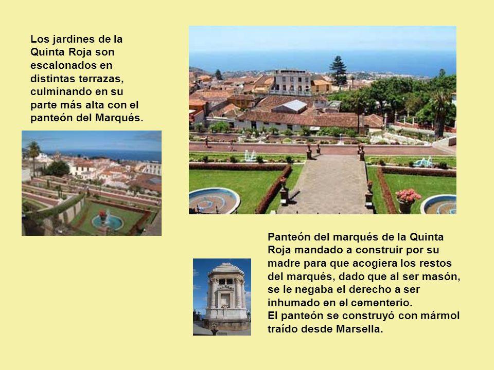 Los jardines de la Quinta Roja son escalonados en distintas terrazas, culminando en su parte más alta con el panteón del Marqués.