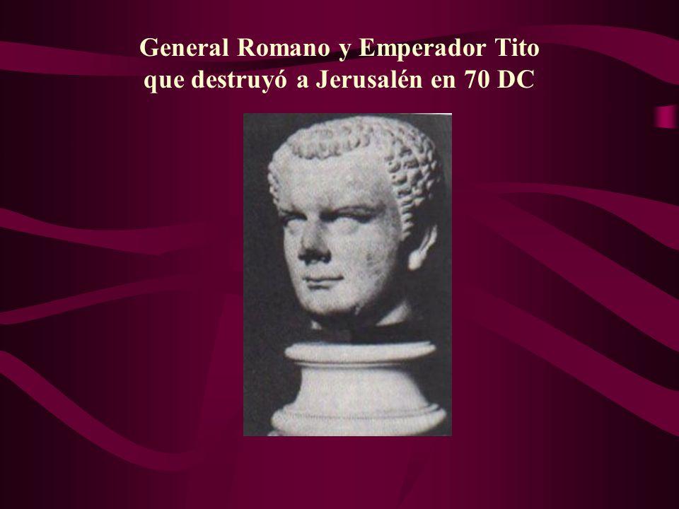 General Romano y Emperador Tito