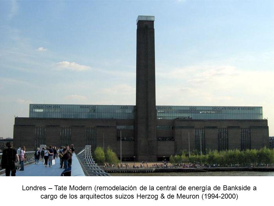 Londres – Tate Modern (remodelación de la central de energía de Bankside a cargo de los arquitectos suizos Herzog & de Meuron (1994-2000)