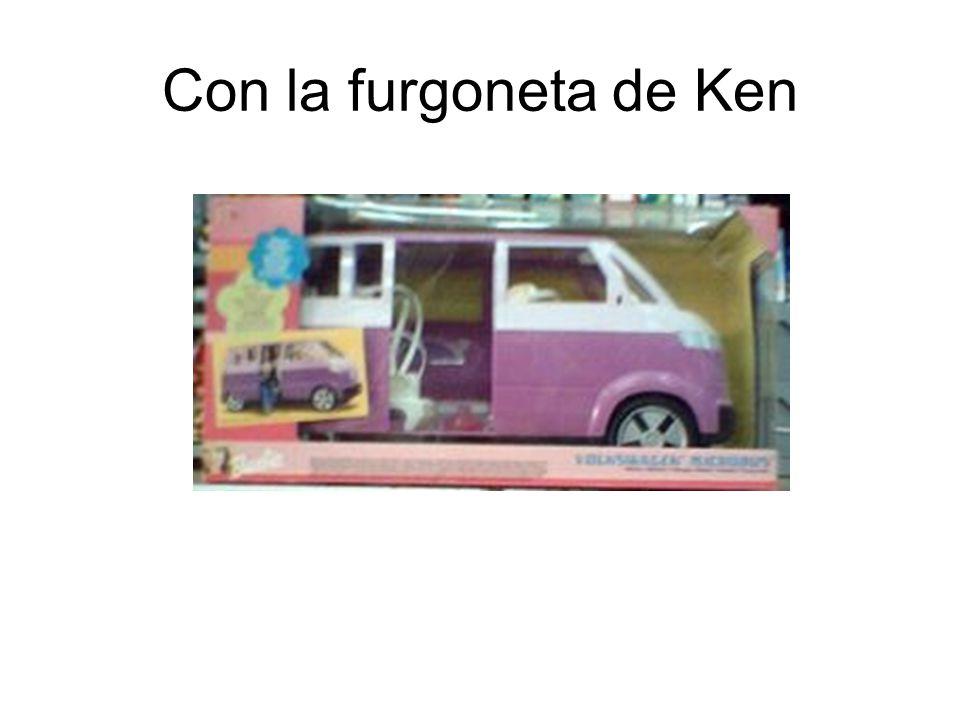 Con la furgoneta de Ken
