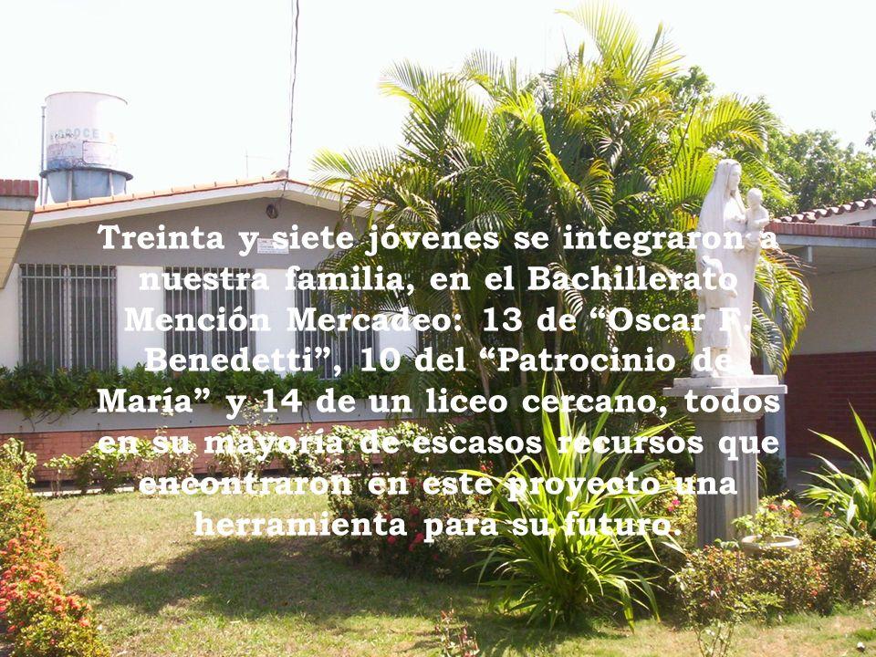 Treinta y siete jóvenes se integraron a nuestra familia, en el Bachillerato Mención Mercadeo: 13 de Oscar F.
