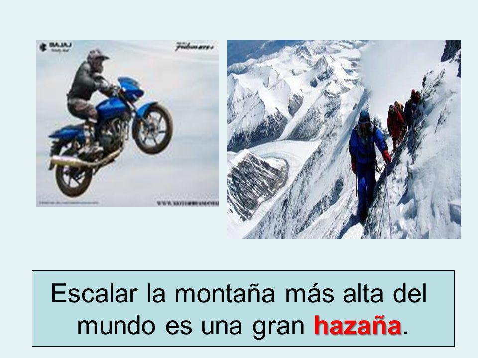 Escalar la montaña más alta del mundo es una gran hazaña. .