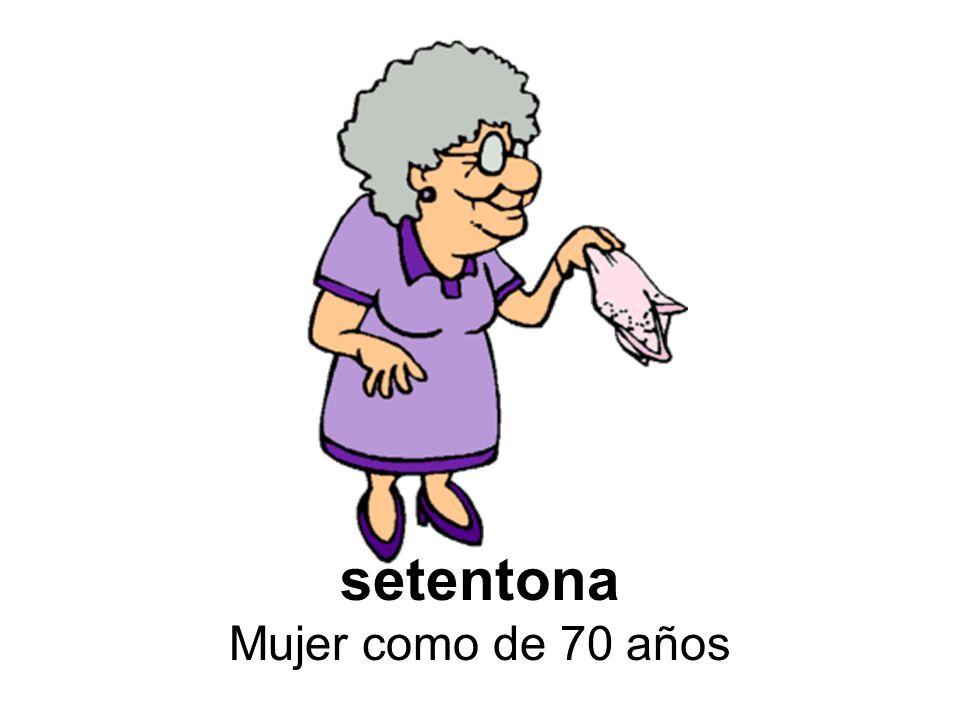 setentona Mujer como de 70 años