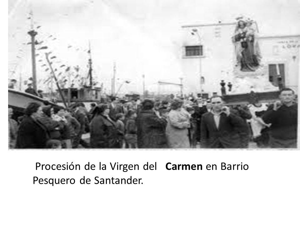 Procesión de la Virgen del Carmen en Barrio Pesquero de Santander.