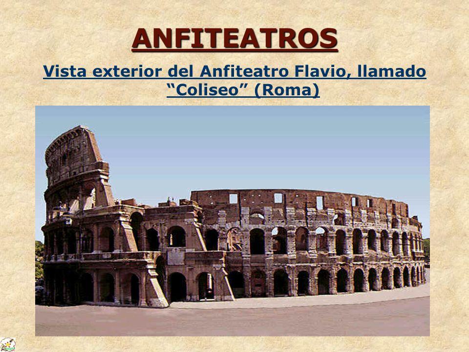 Vista exterior del Anfiteatro Flavio, llamado Coliseo (Roma)